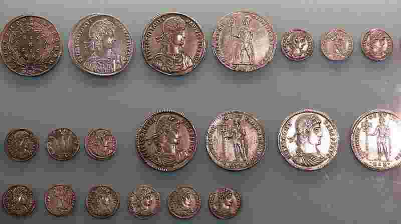 gold investment roman coins