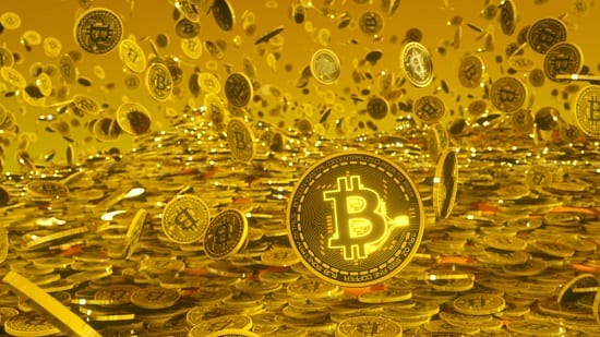 Cryptocurrencies have historically provided spectacular returns, but they don't offer the stability which gold provides