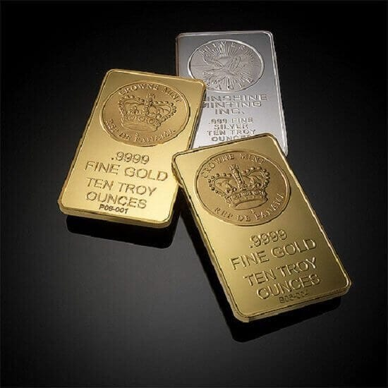 How do interest rates affect the price of gold