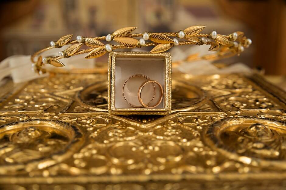 Gold Rings and Jewellery