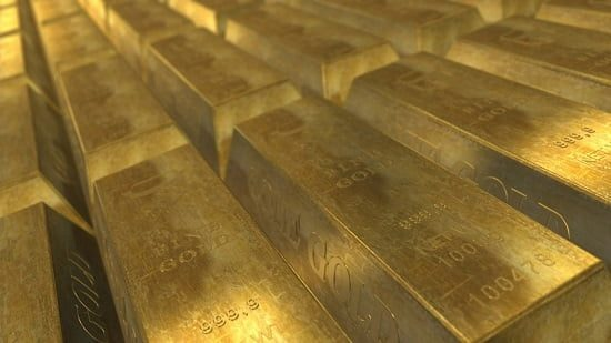 What are the Benefits of Silver Versus Gold?